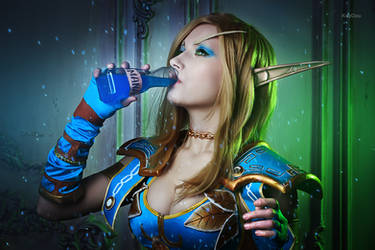 World of Warcraft - Blood elf - Mana Potion by Narga-Lifestream