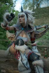 Hunter in Kirin armor - Monster Hunter