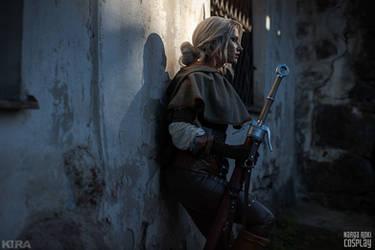 Ciri in Novigrad - The Witcher 3 Wild Hunt