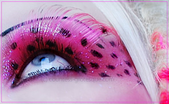 . pink wave . by Countess-Grotesque
