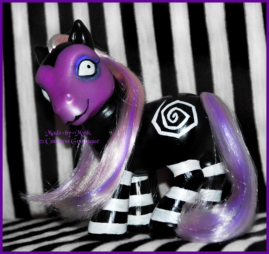 Tim Burton- pony by Countess-Grotesque