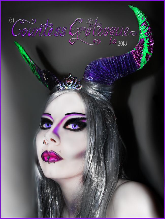 http://fc04.deviantart.net/fs71/f/2013/126/1/8/__demoness___by_countess_grotesque-d64arig.jpg