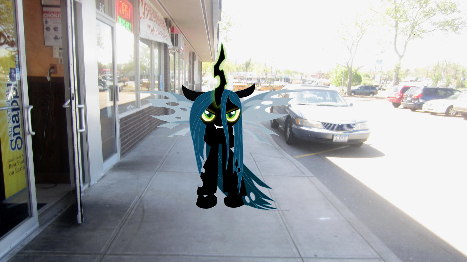 Queen Changeling Chrysalis can see me    by MetalGriffen69. Queen Chrysalis wakes me up by MetalGriffen69 on DeviantArt