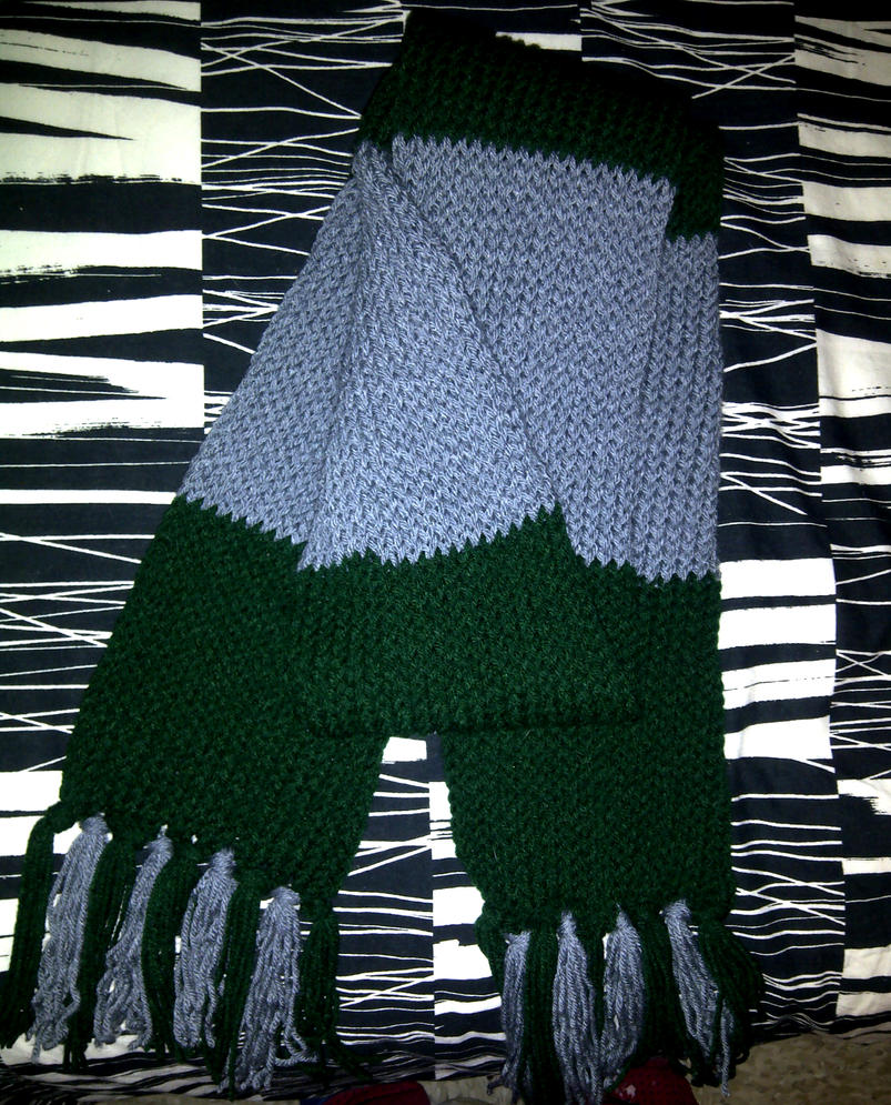 Knitting Pattern For Slytherin Scarf : Slytherin Scarf by KagomeAkane616