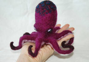 Needle Felted Purple Octopus by amber-rose-creations