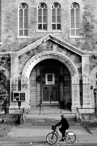 la facade du temple by arcanesun