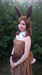 Eevee cosplay! by HedaMiu