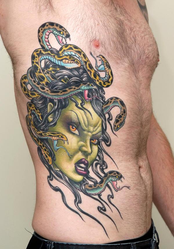 Medusa by sdeeth