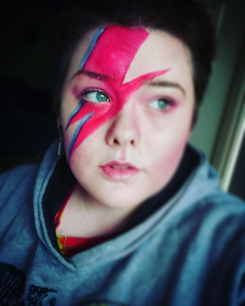 David Bowie Aladdin Sane look by Odiebowie
