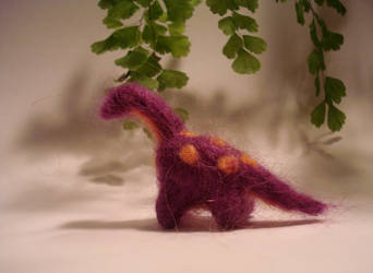 Reginald, Regal Brontosaurus by fabular-mrfox