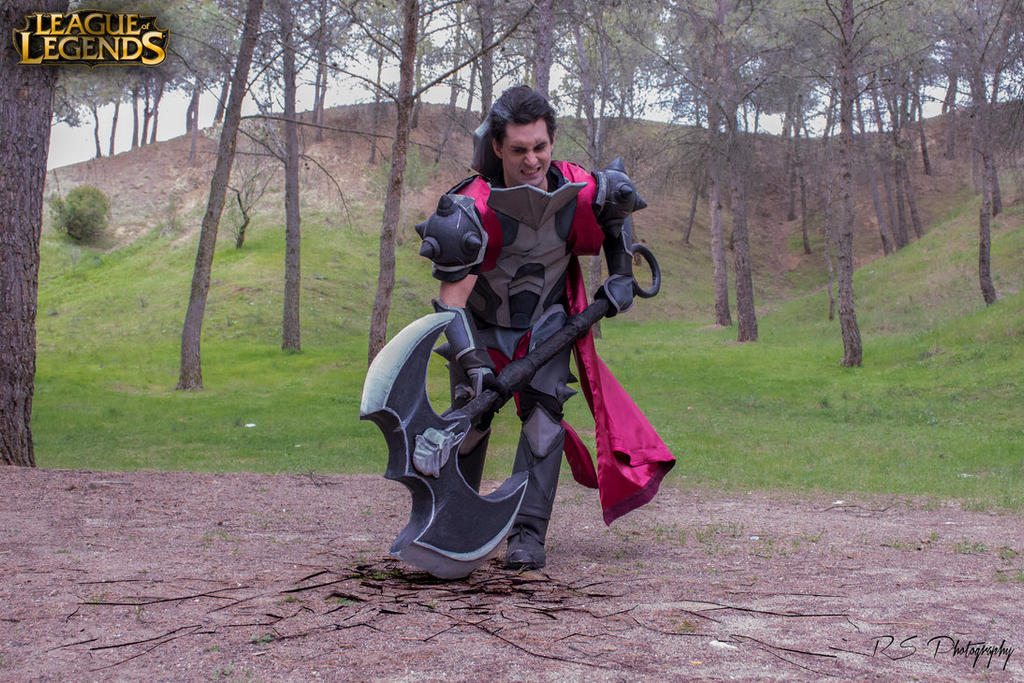 Darius cosplay League of legends by YumeLujuryLeague Of Legends Cosplay Darius
