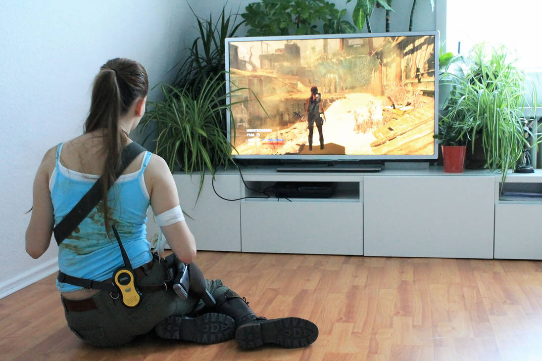 Lara Croft playing the Tomb Raider game by DayanaCroft on DeviantArt