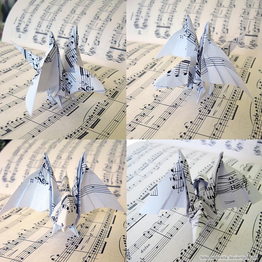 Origami Baby Dragon by FallenUmbrella