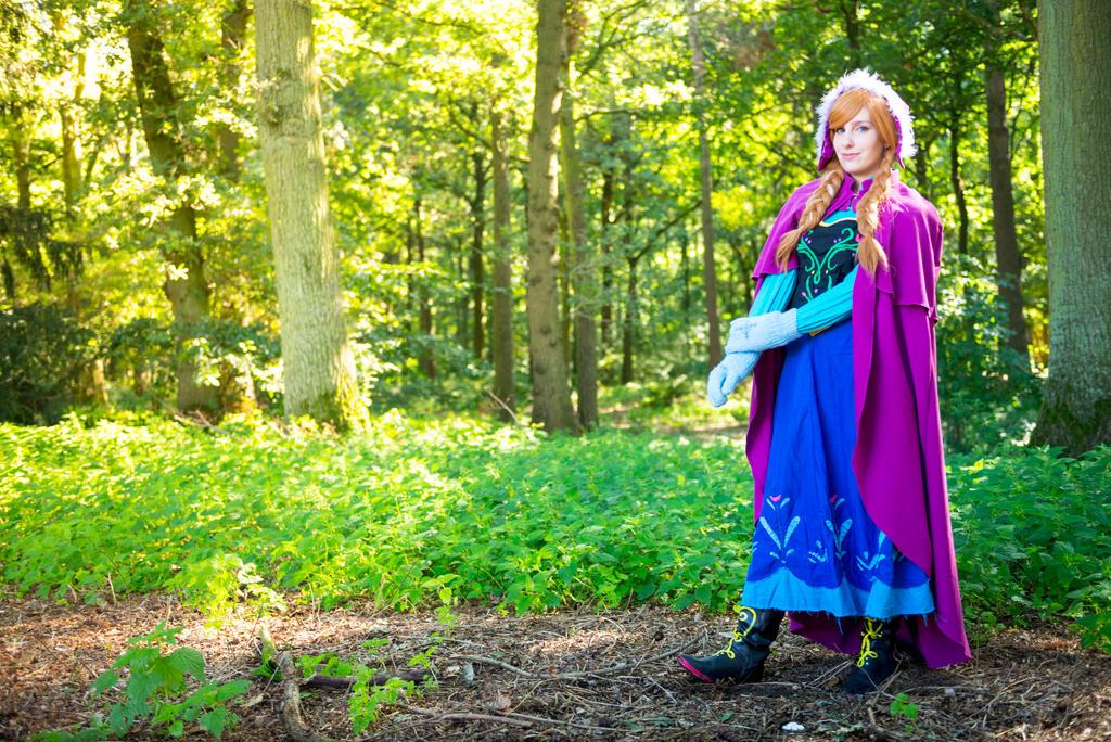 Frozen: Anna of Arendelle ! by sakykeuh