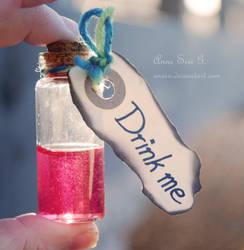 Drink me ll by anxiri