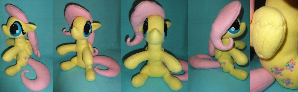 Honnorary Earth Pony by mistieredpanda