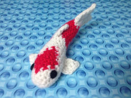 Crochet Koi Fish by fluffydragon0-0