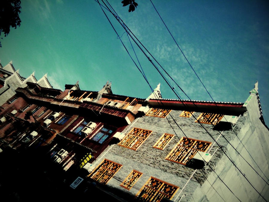blue-green sky by ttiou