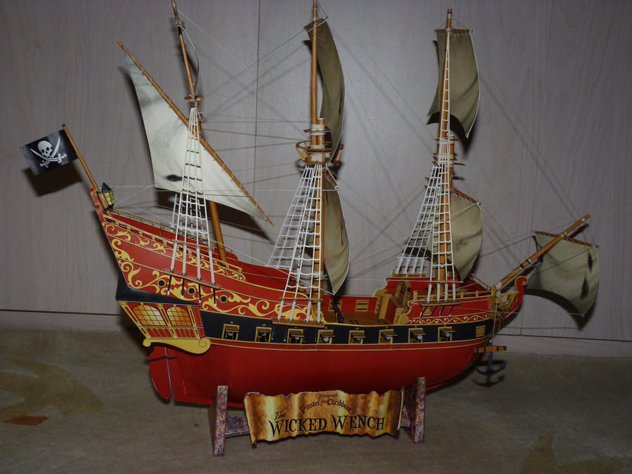 Papercraft Pirate ship by zandere123