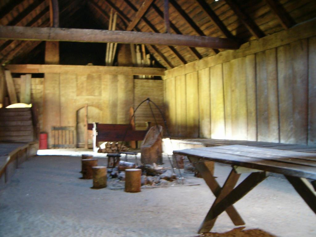 pilgrims furniture #10