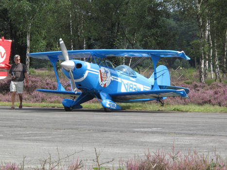 Zoersel 200811 Pitts S-2A OO-NUE