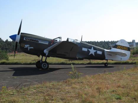 Zoersel 200811 Curtiss P-40N-5-CU 42-105915