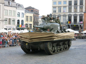 Tanks in Mons: Sherman DD on the Grand Place