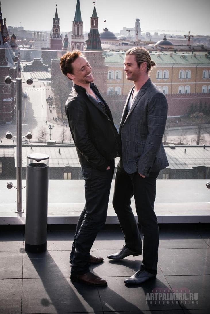 Tom Hiddleston, Chris Hemsworth by ArtPalmira on DeviantArt
