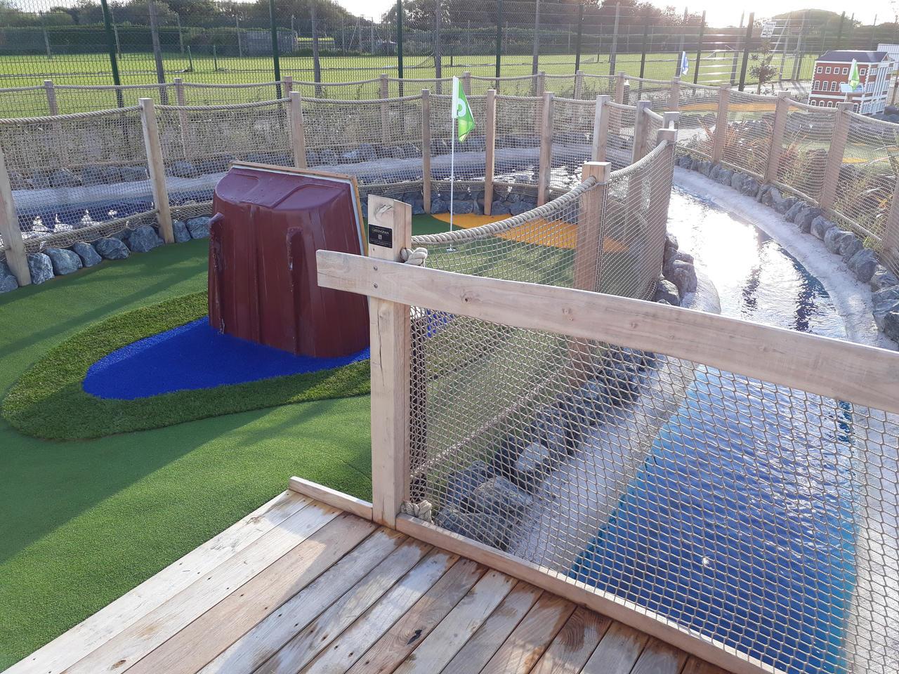 20200924 Fairhaven lake Crazy golf