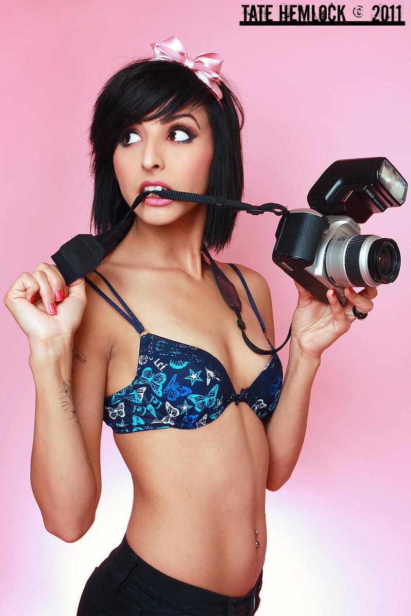 Girl With Camera 01 by tatehemlock