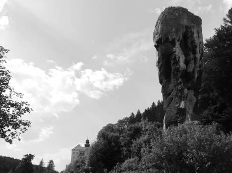 Pieskowaskala Castle