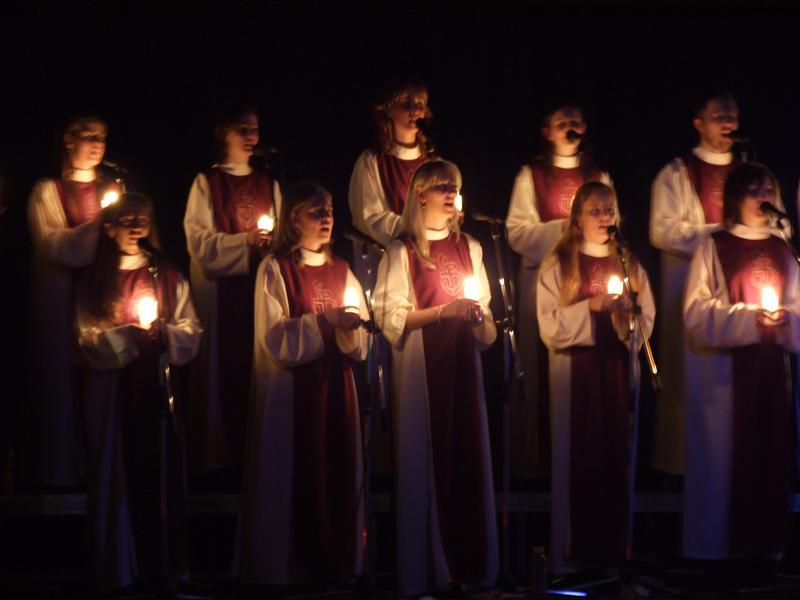 Gospel singers by HubyLaaner
