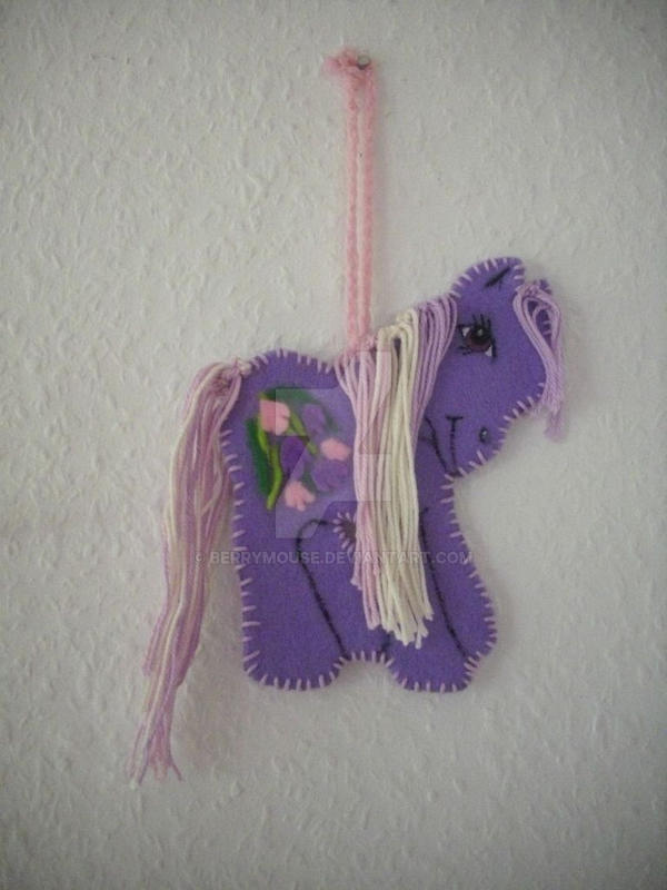 My little Pony G3 Wysteria felt ornament by BerryMouse