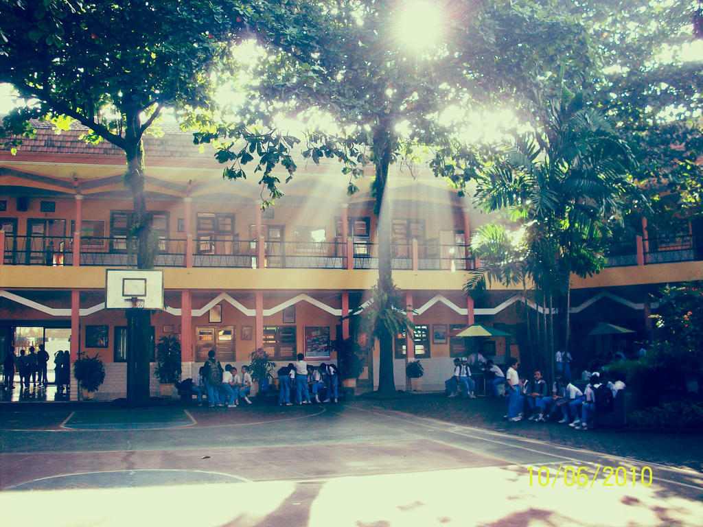 My Elementary School - Malang, Indonesia by fadhilitupakde