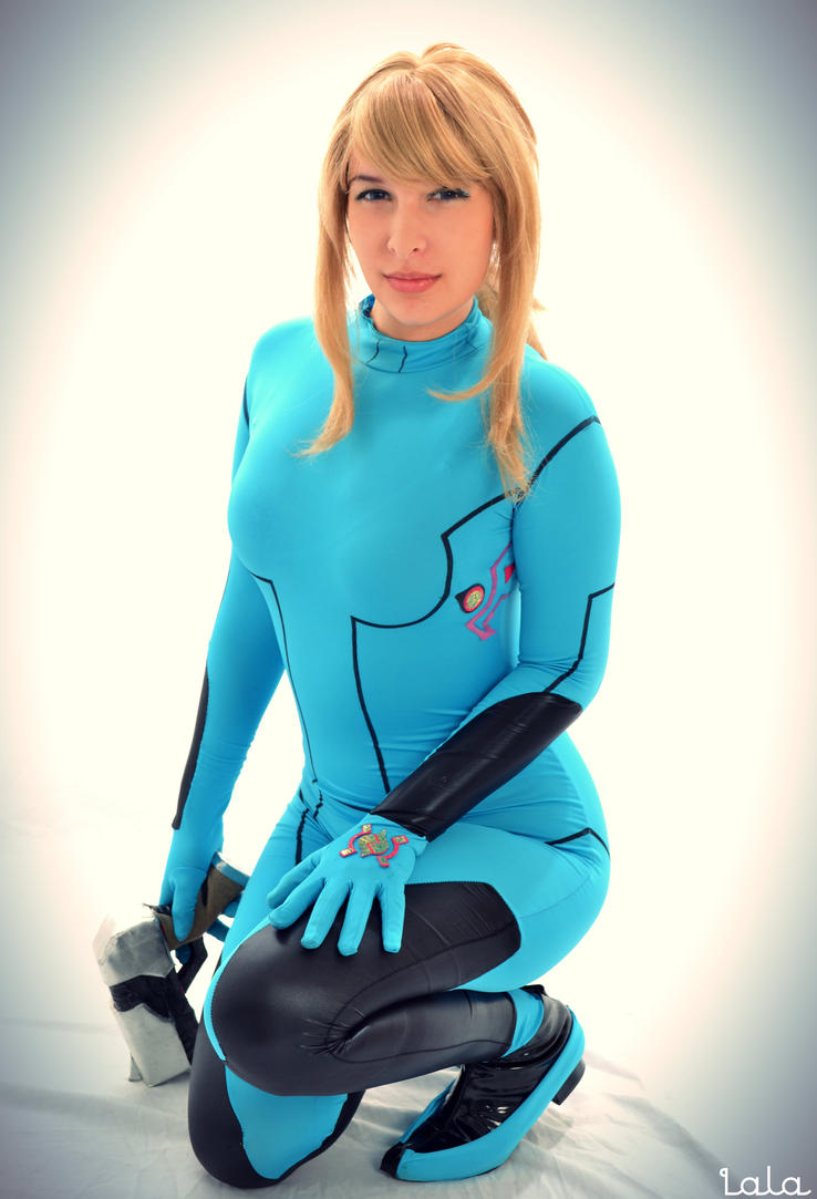 Zero Suit Samus Cosplay by cosplaylala