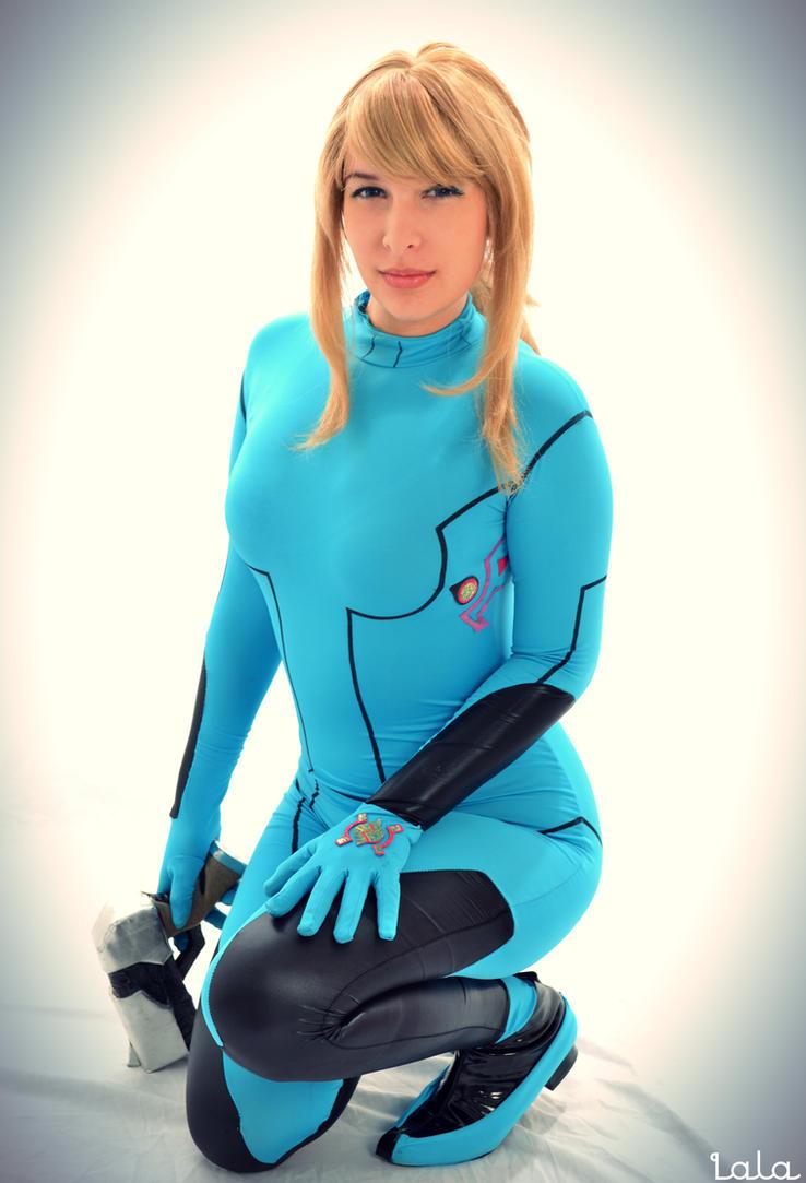 Zero Suit Samus Cosplay by cosplaylala