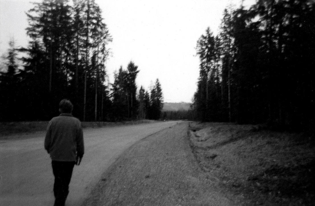 Walking Away 'black and white' by Little-Kitsune2 on ...