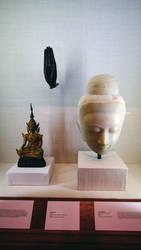Whitw Stone Head ( Full) V10m1065