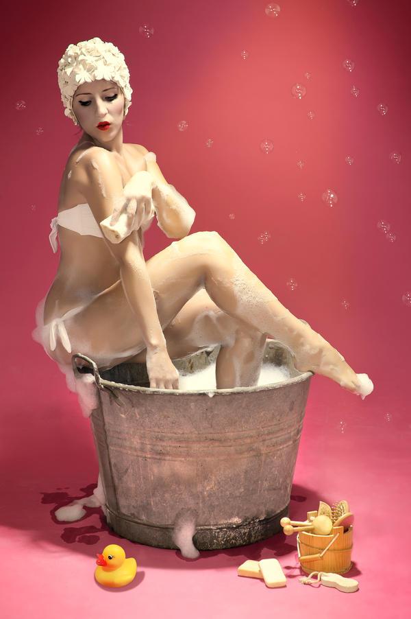 Bathtime II by ideareattiva