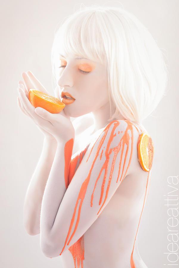 2013 Glamour calendar: Orange