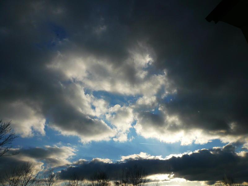 Dark clouds 4 by Ailedda