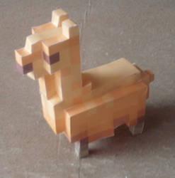 Llama by Eredfox