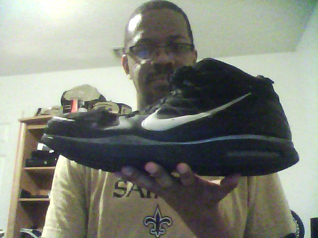 My Size 22 Nike Shoe by tallsimeon2003 ...