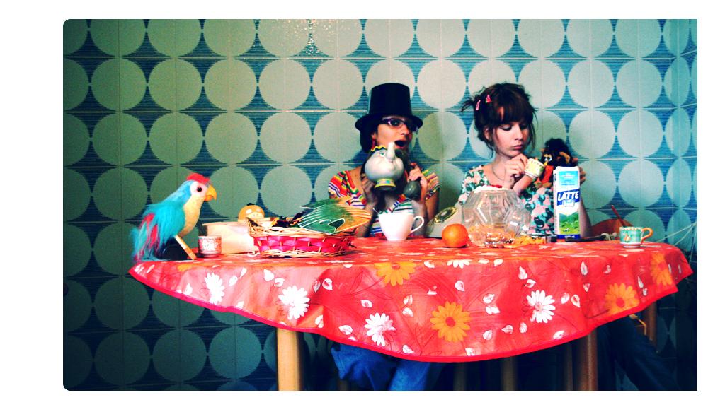 merenda.con.gli.amici. by Mella-Pink