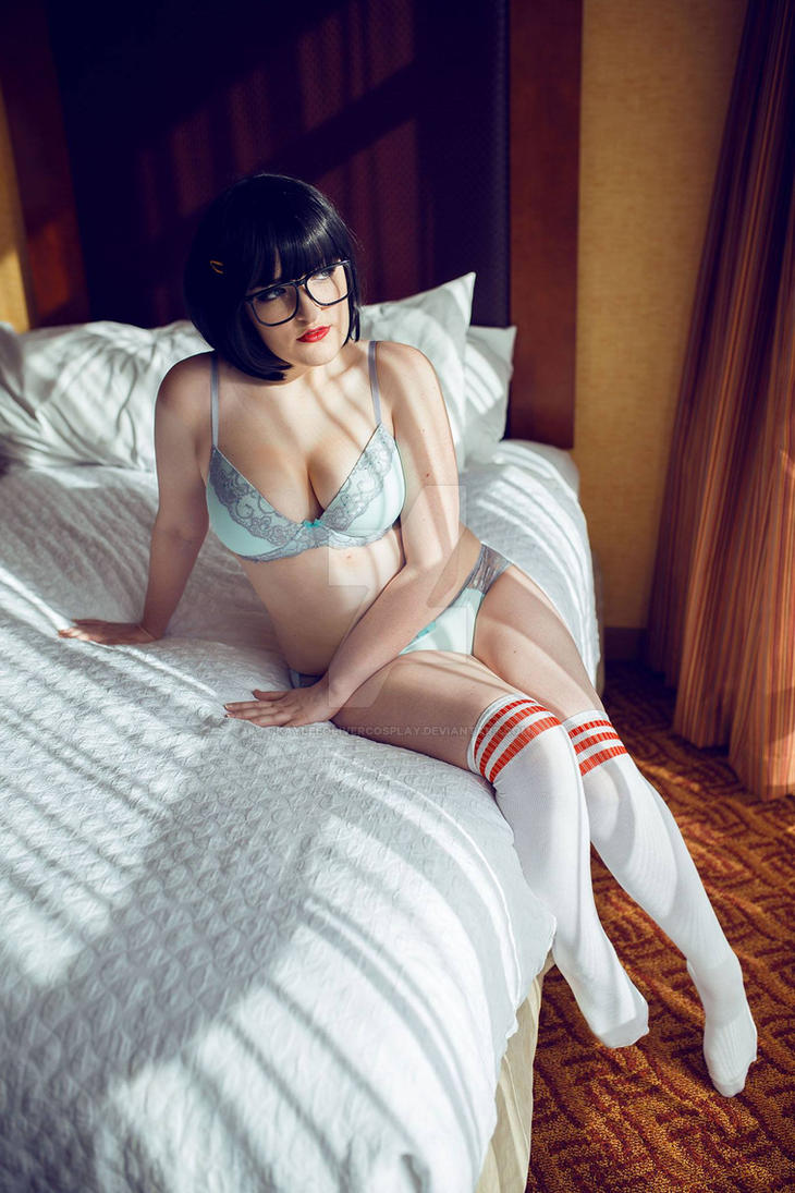 Tina Belcher Boudoir by KayleeOliverCosplay
