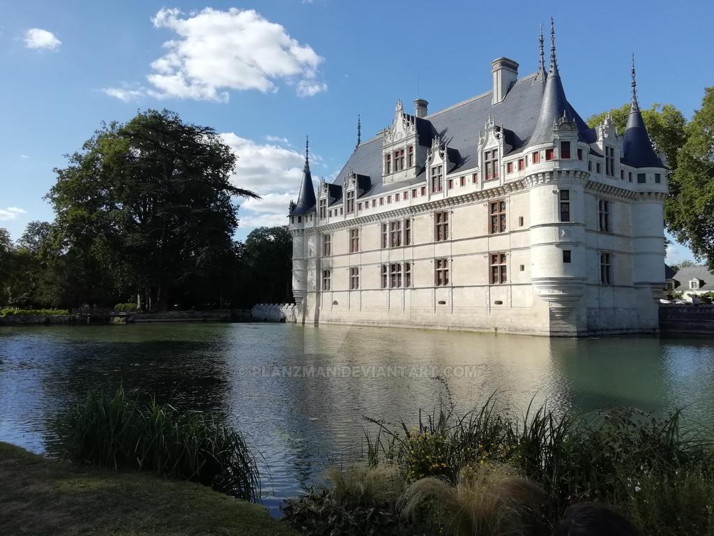 Chateau d'Azay le rideau by planzman