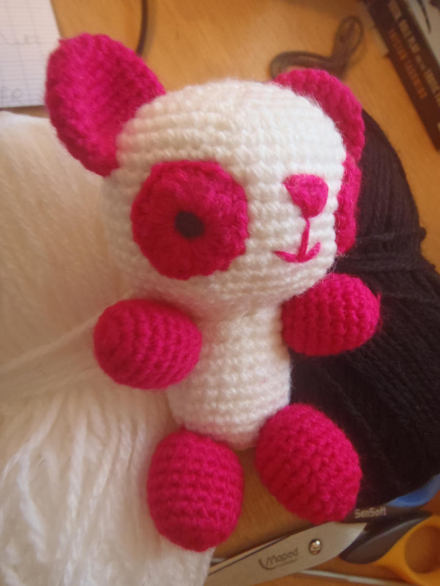Baby panda amigurumi by Antekuma on deviantART