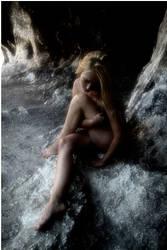 Girl Veny 13 by Fotomikos