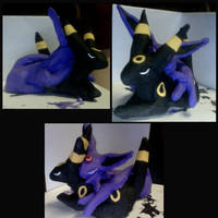 umbreon and espeon Statue