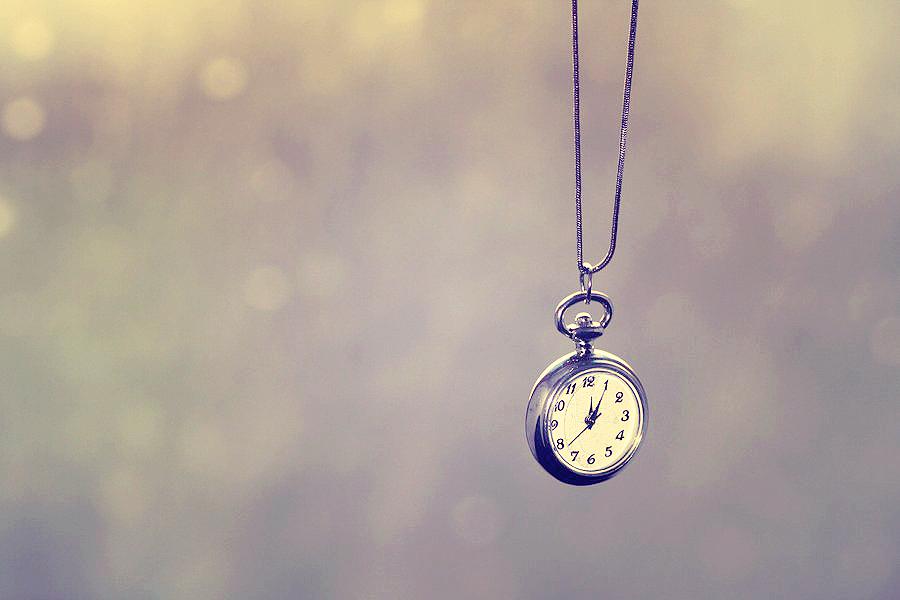 Vintage Clock By Yellowcandyfloss D4vemni Loveu5678